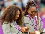 Винус и Серена Уильямс снялись с турнира Roland Garros